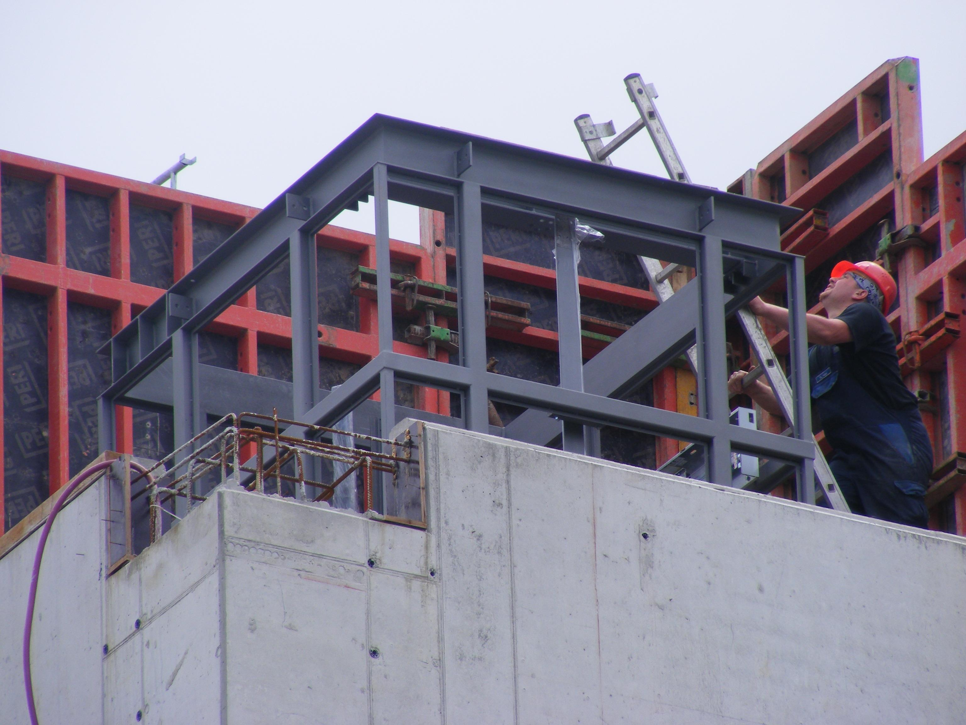 Aufzug Stahlbau